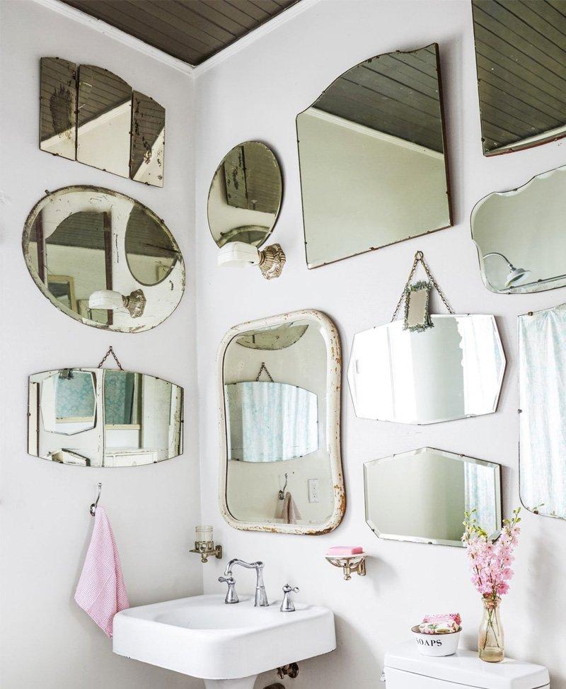 gương treo tường nhà vệ sinh tân cổ điển